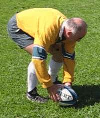 Dive pass of a rugby ball starting position