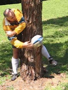 Round the corner pass of a rugby ball finishing position