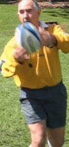Lob pass of a rugby ball starting position